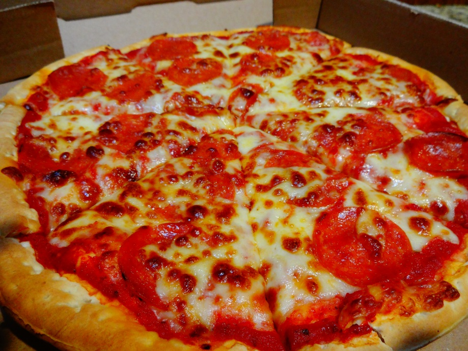 Valentinos's Pizza Review: The San Marcos FoodBlog