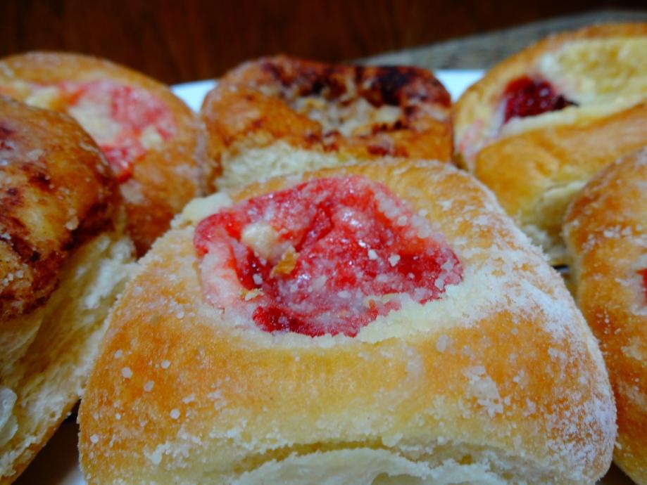 Dos Gatos Kolache Bakery Review: The San Marcos FoodBlog